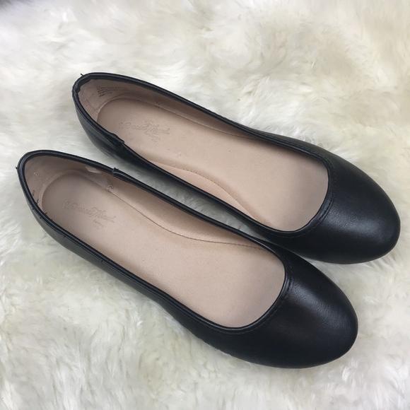36e7ac129a8 Universal Thread Shoes - Universal Thread Ballet Flats Black 7.5